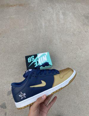 Nike SB dunk supreme (size 8.5) for Sale in El Paso, TX