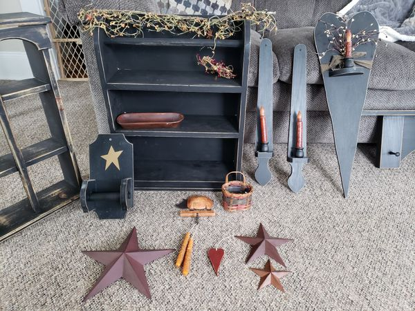 Country style shelves