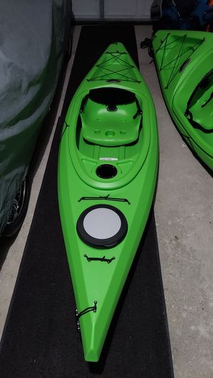 Brand New Adult 10 Ft Kayak for Sale in Macomb, MI