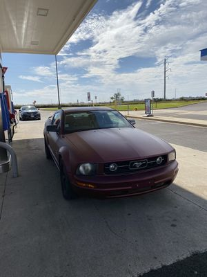 2006 Ford Mustang automatic for Sale in Naperville, IL