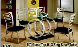 Stylish table and chairs for Sale in Chicago, IL