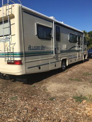 One owner 1997 Allegro Bay 30 foot with low miles class a RV for Sale in Montclair, CA