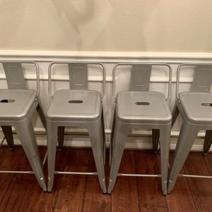 4 Gray Counter Height Stools for Sale in Cypress, TX