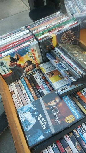 HELLA DVDS at 50 cents each for Sale in San Jose, CA