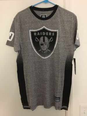 NWT Mens Oakland Raiders Gray Shirt for Sale in Tampa, FL