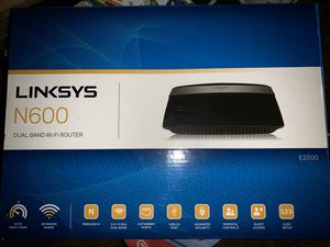 LINKSYS E2500 N600 router for Sale in Fresno, CA