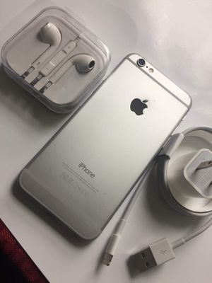"""iPhone 6 ,,Factory UNLOCKED Excellent CONDITION """"aS liKE nEW"""" for Sale in West Springfield, VA"""