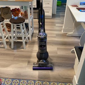 Dyson ball Animal 2 Vacuum for Sale in Whittier, CA