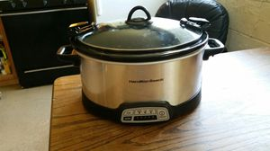 Large Hamilton Beach crock pot ... slow cook up to 10 hrs ... digital for Sale in Virginia Beach, VA