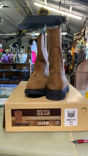 Almost new Gravel Gear boots for Sale in Winter Haven, FL