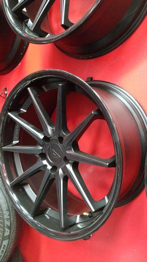 "20"" staggered ferrada fr4 black rim n tires for Sale in Houston, TX"