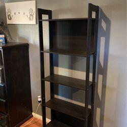Bookshelf for Sale in Baldwin Park,  CA