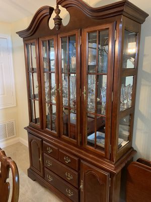 China cabinet for Sale in Kemah, TX