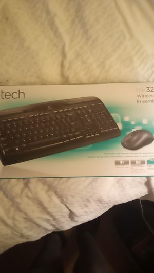 Logitech mk320 wireless keyboard and mouse for Sale in Aurora, CO
