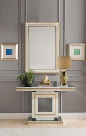 Living Room Console Table & Mirror for Sale in The Bronx, NY