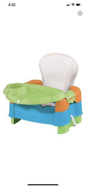 Sit snack & go convertible booster seat for Sale in Queens, NY