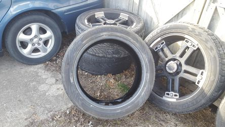 "4 V-TEC 394 Warlord Black 22"" rims and tires for Sale in Danvers,  IL"