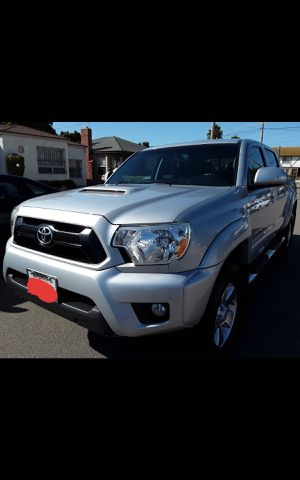 Toyota Tacoma Trd only 55k MILEAGE 2012 for Sale in Chula Vista, CA