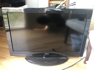 40 inch Toshiba tv for sale for Sale in Chicago, IL