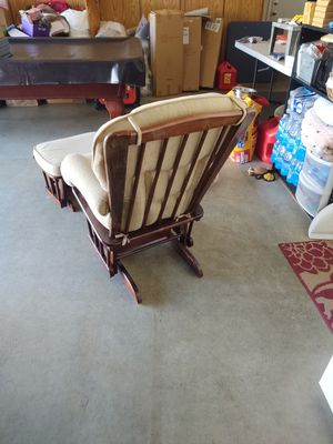 Glider and Ottoman for Sale in Fairfield, CA