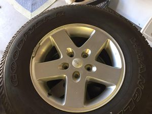 """2016 Jeep JK 17"""" wheels and tires for Sale in Buena Park, CA"""