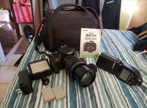 Canon T4i EOS Rebel 650D with 18-135 lense and 600EX-RT flash for Sale in Los Angeles, CA