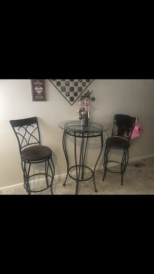 Breakfast table with bar stools for Sale in Baltimore, MD