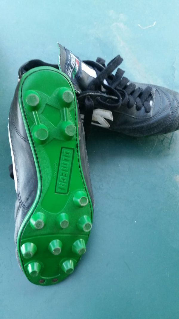 e3d0033ee Olmeca Soccer Cleats for Sale in Modesto