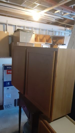 Kitchen cabinets for Sale in Maywood, IL