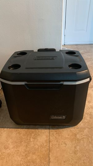 Coleman Wheeled Cooler keeps ice up to 5 days. Heavy-Duty-50-Quart Cooler for Sale in Miami, FL