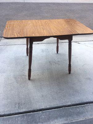 Mid century breakfast table for Sale in Surprise, AZ