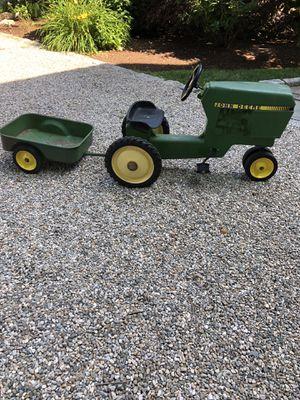 John Deere Ertl Model 520 pedal tractor for Sale in Norwalk, CT