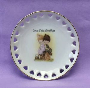 Vintage Precious Moments trinket dish Love One Another 1978 Jonathan & David for Sale in Phoenix, AZ