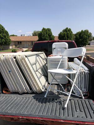 Mesas y sillas for Sale in Chandler, AZ