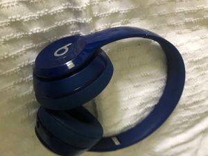Beats headphones and case for Sale in Haverford, PA