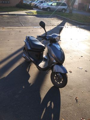 Electric Scooter - Bicycle. for Sale in Visalia, CA