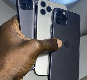 5 iPhone 11 for you guys first 5 people get one for 500 flat. Me and Mr.Lee will be shipping all iPhone out my 8:30 tonight. for Sale in Atlanta, GA