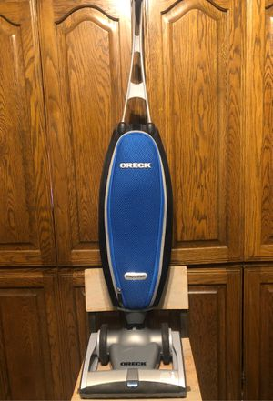 ORECK Magnesium Vacuum for Sale in San Antonio, TX