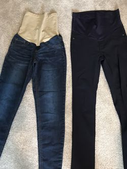 Maternity jeans and pants Size S / Size 2 for Sale in Renton,  WA