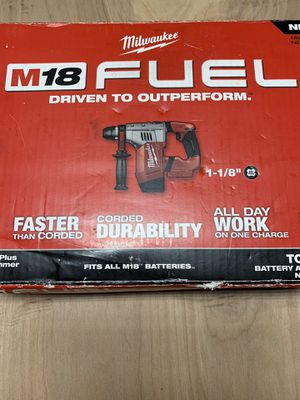 """Milwaukee m18 Fuel 1-1/8"""" Roto Hammer for Sale in Milwaukie, OR"""