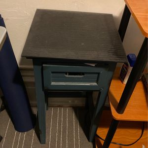 Beautiful And Useful Bedside Table With Glass top and Drawer for Sale in New York, NY
