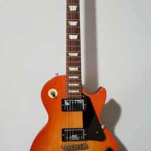 Gibson Les Paul Studio W/ Case for Sale in Vancouver, WA
