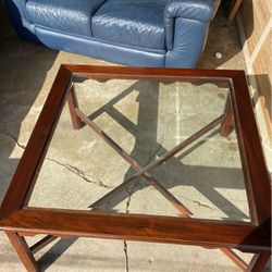 Glass Top Coffee Table for Sale in St. Louis,  MO