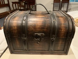 Treasure Chest Box for Sale in Reston, VA