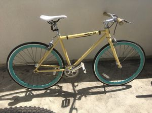 Fixi bike almost new for Sale in Los Angeles, CA