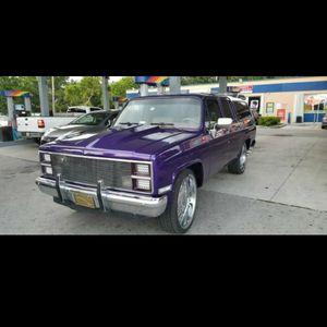 """1984 perfecto, rines 26"""", a/c, cierre centralizado, alarma. Se Acepta Cambios Y Dinero Encima. Escucho Ofertas for Sale in Miami, FL"""