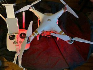 DJI Phantom 3 Pro 4k Video Drone With 2 Batteries and Low Hours & new backpack for Sale in Miramar, FL