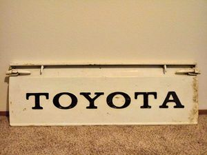 TOYOTA HILUX TAILGATE for Sale in Vancouver, WA