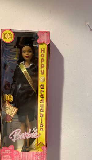 $5 graduation 2006 Barbie for Sale in Berwyn, IL