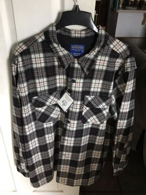 New Pendleton never been used XXL for Sale in Porterville, CA